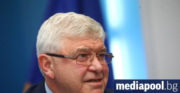 Европейската комисия иска от България да задължи и частните болници