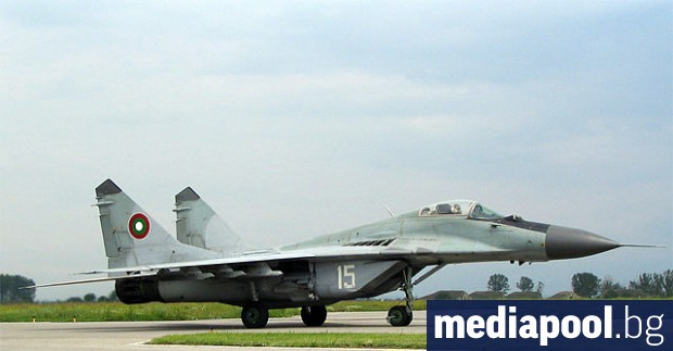 Президентът Румен Радев и военният министър Красимир Каракачанов ще открият