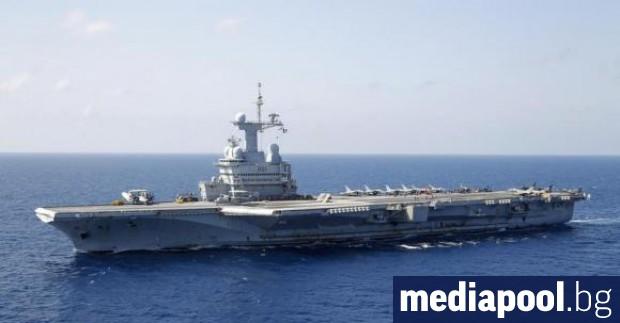 Франция ще изпрати самолетоносача