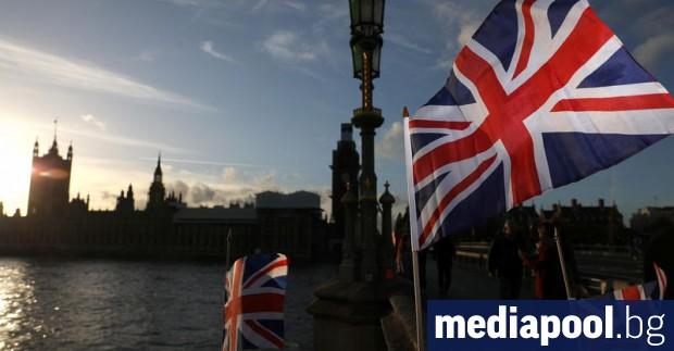 Доверието на британците към правителството, бизнеса, медиите и благотворителните организации