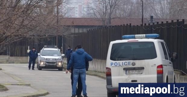 Неизвестни лица са обрали митницата в Благоевград, съобщи БНР. По