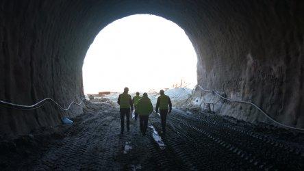 """Една пета от тунел """"Железница"""" е прокопана"""