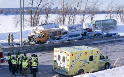 Жертви и ранени при верижен сблъсък на 200 коли в Канада