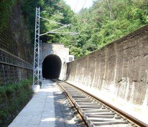 """Най-дългият жп тунел у нас """"Козница"""" ще се модернизира с 24 млн. лв."""
