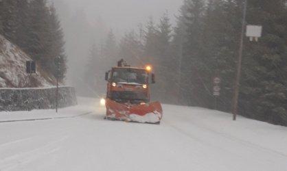 България е в снежен капан след първия сняг