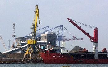 Неточните данни за вноса и растежа ще бъдат ревизирани