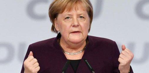 Меркел няма да се намесва в избирането на новия лидер на ХДС