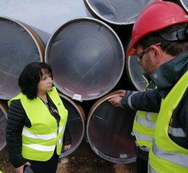 Петкова оспори правото на Радев да говори с Путин за газа