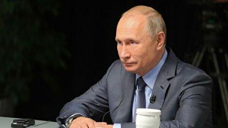 Путин обясни защо е сменил правителството и как е избрал премиер