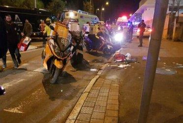 Четиринайсет души бяха блъснати умишлено с кола в Ерусалим