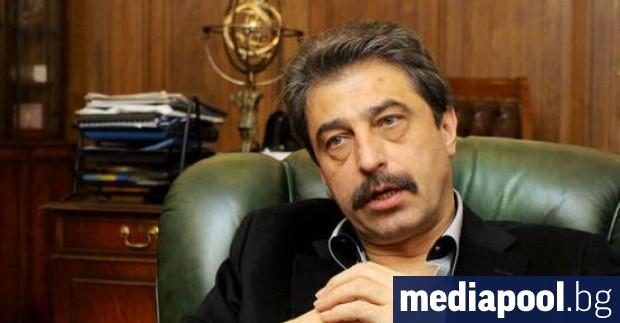 По искането за екстрадиция на банкера Цветан Василев се работи.