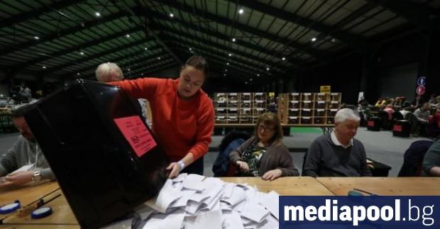 Ръчно преброяване на бюлетините ще реши изхода от националните избори