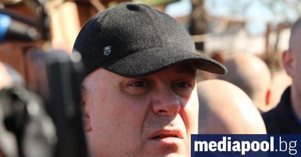 Главният прокурор Иван Гешев е възложи