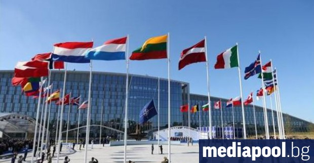 Гражданите на европейските страни от НАТО са по-малко уверени, отколкото