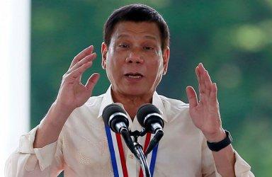 Филипинският президент обяви извънредно положение заради вирусната криза