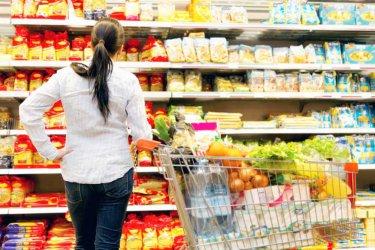 Хранителните вериги искат вето върху тавана на цените