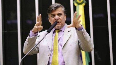 Бразилски депутат иска рязане на ръце за корупция