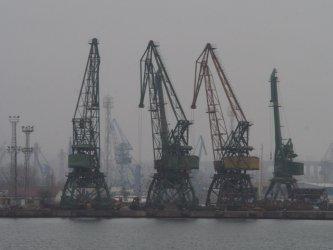 """Официално: Германската фирма """"Люрсен"""" спечели милиардната поръчка за нови кораби"""