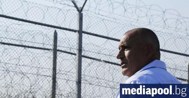 Правителството е изпратил армията, жандармерията и граничната полиция по границата