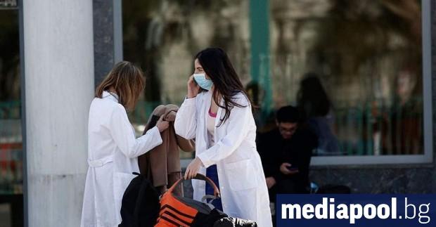 Случаите на новия коронавирус в Гърция станаха три, съобщи гръцката