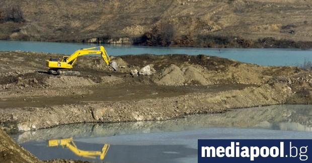 Регионалните екоинспекции, басейновите дирекции и Изпълнителната агенция по околна среда