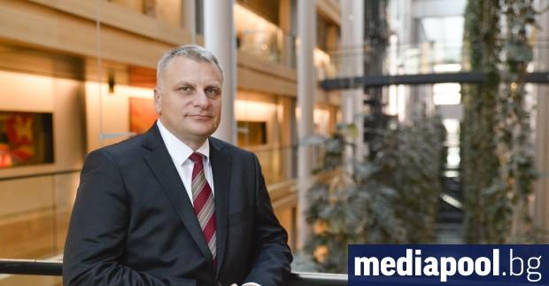 Бившият евродепутат от БСП Петър Курумбашев ще бъде новият почетен