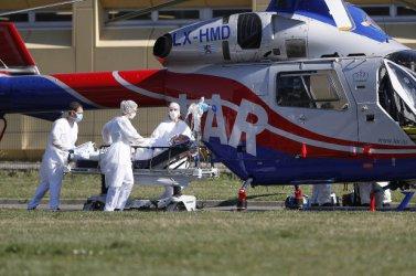 Според болниците броят на починалите от Covid-19 във Франция вероятно е много по-висок