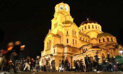 Коронавирус в България: задава се опасен Великден