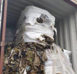 Товарят се последните контейнери с незаконни отпадъци за връщане в Италия