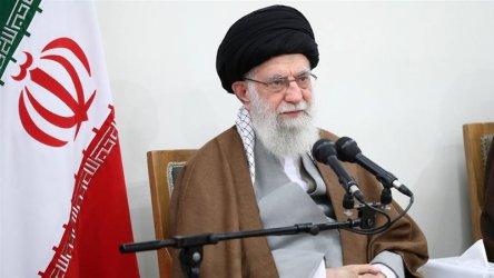 Иранският аятолах обвини САЩ, че изпратили вируса в Иран