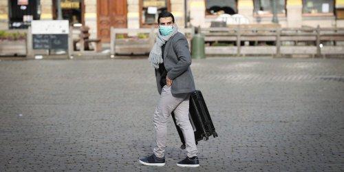 Белгия е унищожила в навечерието на епидемията милиони предпазни маски