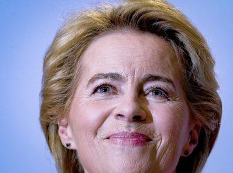 ЕК въвежда схемата на Меркел и Борисов за заплатите в Италия и Испания