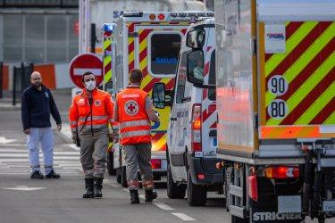 Двама убити и 7 ранени при нападение с нож във Франция