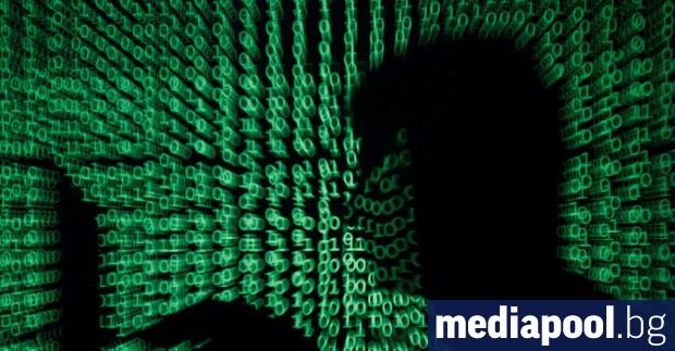 Мошениците също работят от къщи, предупреждават службите по киберсигурнот на