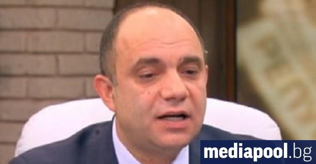 Прокуратурата се опитва да запуши устата на арестувания адвокат Лазар