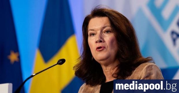 Външният министър на Швеция Ан Линде реагира на критиките на