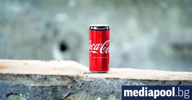 Рекламите на Кока-Кола и другите продукти на едноименната компания в