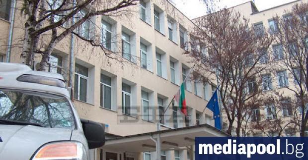 Близки и роднини на заразени пациенти с Covid-19 се оплакаха