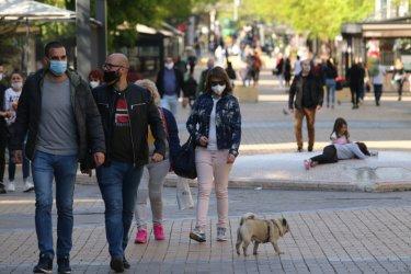 Носенето на маски остава задължително до 13 май