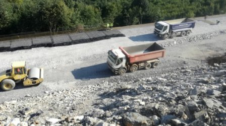 """Строежът на """"Хемус"""" върви по план, магистралата ще е готова през 2024 г."""