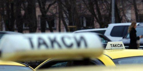 Таксита в София с прегради между пътниците и шофьора