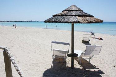 Италианските плажове се борят да спасят летния сезон