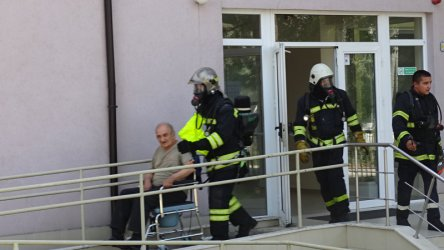 Пожар горя в старчески дом в Благоевград