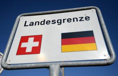 Призиви за отваряне на границите между немскоезичните страни
