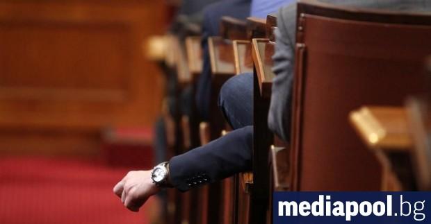 Парламентът прие в четвъртък доклада за състоянието на отбраната през