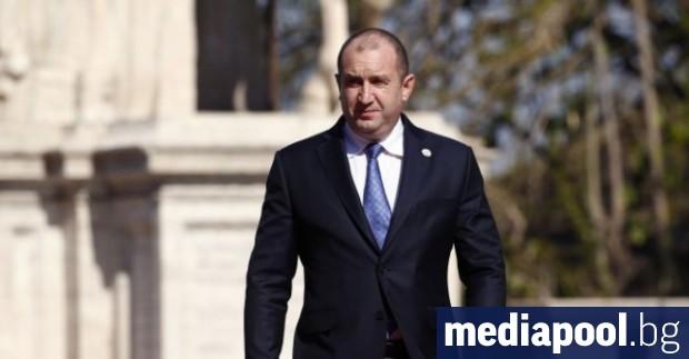 Президентът Румен Радев остро разкритикува правителството заради намаляването на ДДС