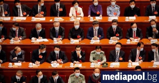 Отложената заради кризата с новия коронавирус годишна сесия на китайския