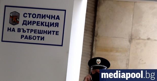 Полицията е следила 61 човека със съмнения за коронавирус чрез