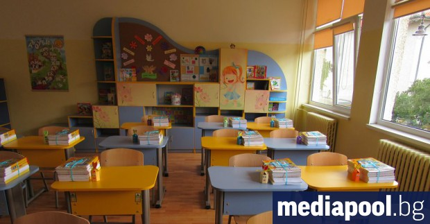 Кандидатстването за I клас в София най-сетне ще става по