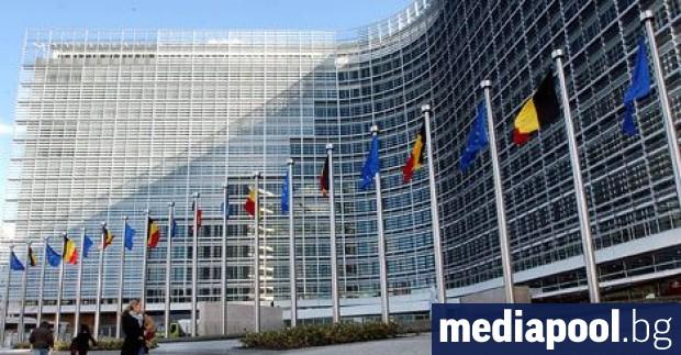 Европейската комисия трябва да гарантира, че паритеза справяне с кризата